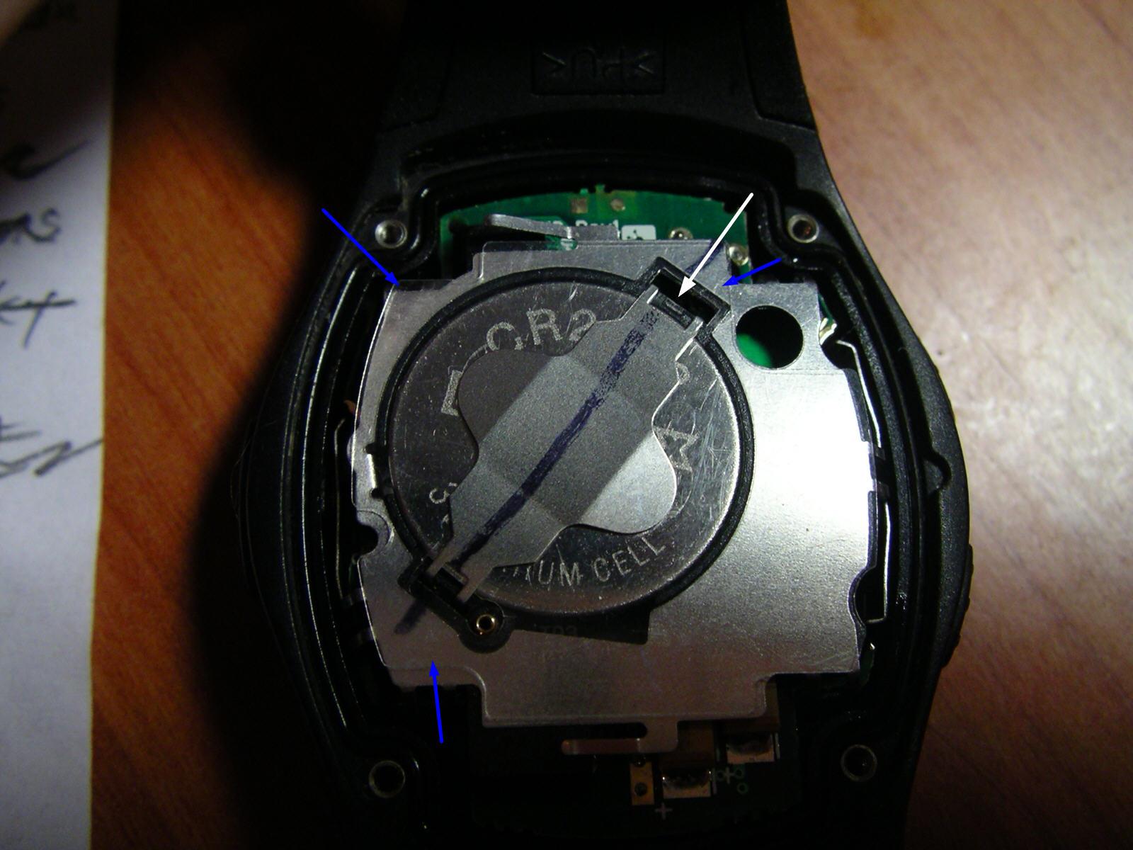 replacing the battery in a garmin forerunner 50 watch rh gnjmch com garmin forerunner 50 manual español Garmin Forerunner 235